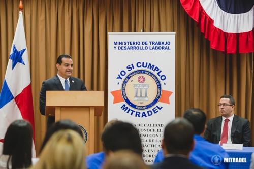 Ministro de Trabajo, Luis Ernesto Carles (Foto Prensa Libre: Mitradel Panamá)