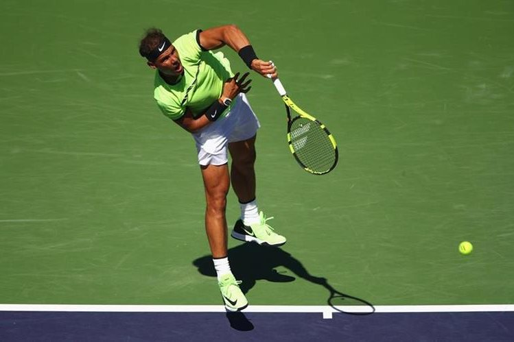 Rafael Nadal sigue con paso firme en Indian Welss. (Foto Prensa Libre: EFE)