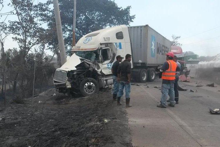 Lugar donde se registró el accidente, en Escuintla. (Foto Prensa Libre: Enrique Paredes).