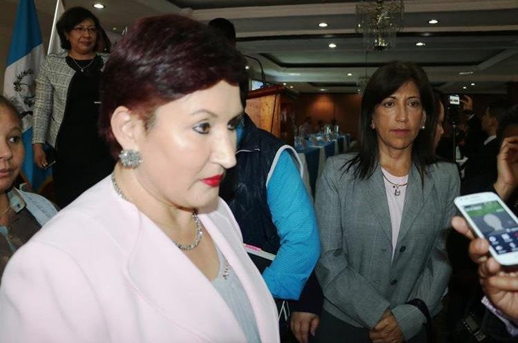La Fiscal General Thelma Aldana pidió a la población denunciar cualquier delito.(Prensa Libre: Carlos Ventura)
