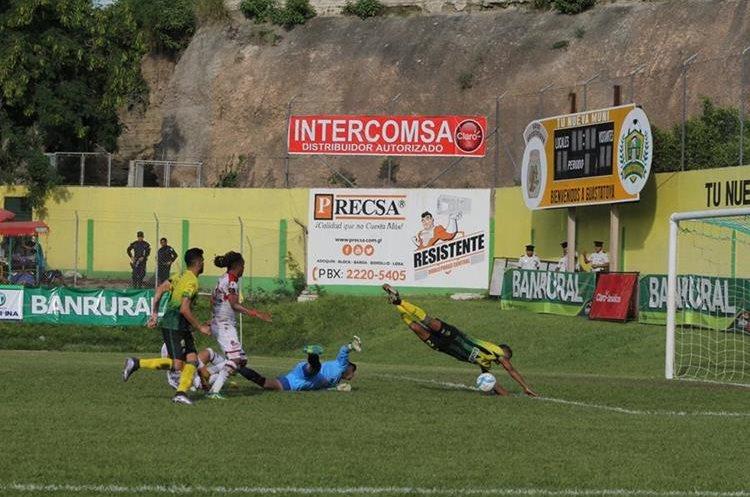 Guastatoya presionó a Malacateco y se pudo quedar con los tres puntos. (Foto Prensa Libre: Hugo Oliva)