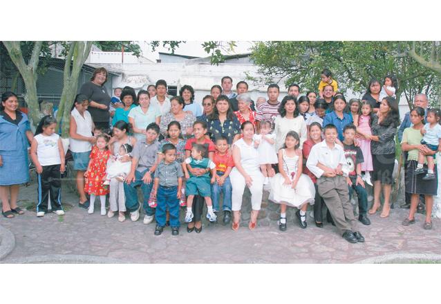 En 2006 se reunieron la mayoría de ganadores del Maratón de la Cigüeña por motivo del 50 aniversario. (Foto: Hemeroteca PL)