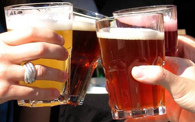 Compañía refiere que temperaturas no contribuyen al proceso de fermentación de la cerveza. (Foto Prensa Libre: Hemeroteca PL).