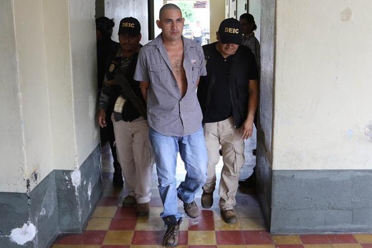 Adolfo de Jesús España es sindicado de la muerte de cinco personas, en Chiquimula. (Foto Prensa Libre)