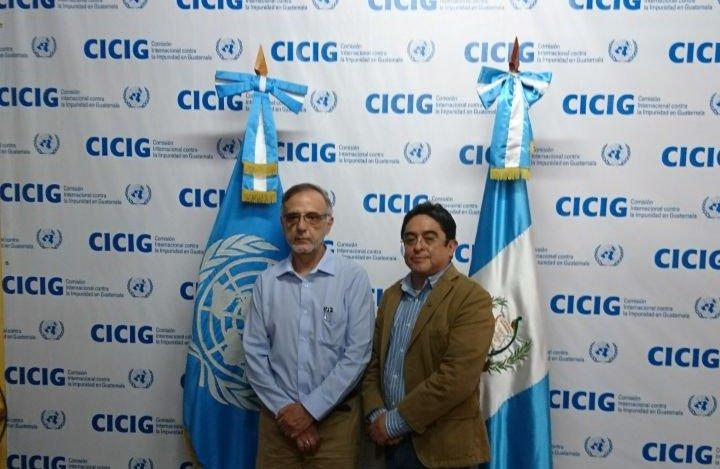 El comisionado Iván Velásquez y el procurador Jordán Rodas en la sede de la Cicig el pasado domingo. (Foto Prensa Libre: PDH).