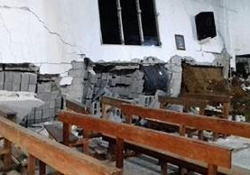 A la iglesia católica de la aldea no podrá ingresar nadie por el momento. (Foto Prensa Libre: Cristian I. Soto)