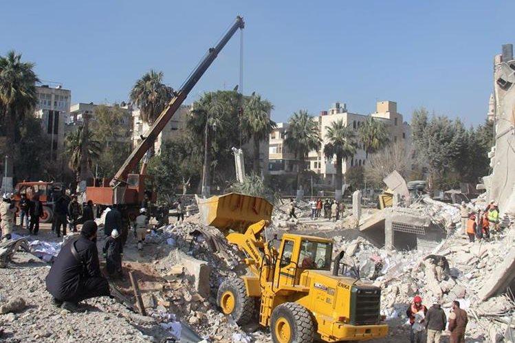 Daños en Siria por bombardeos contra zonas rebeldes. (AFP)