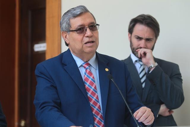 El vicepresidente Jafeth Cabrera asegura que la intervención de TCQ es la solución más viable. (Foto Prensa Libre: Hemeroteca PL)