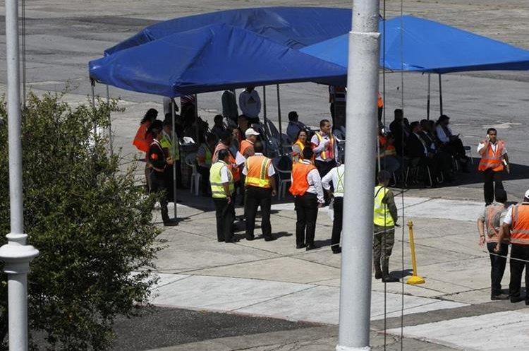 Las autoridades de la Dirección de Aeronáutica Civil avisaron a los cuerpos de socorro y a las autoridades correspondientes para que  no hubiera malos entendidos.