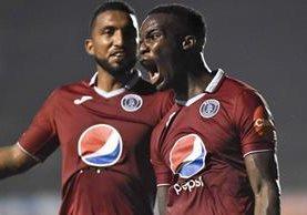 Motagua celebra con una serie de títulos obtenidos en el futbol catracho. (Foto Prensa Libre: AFP)