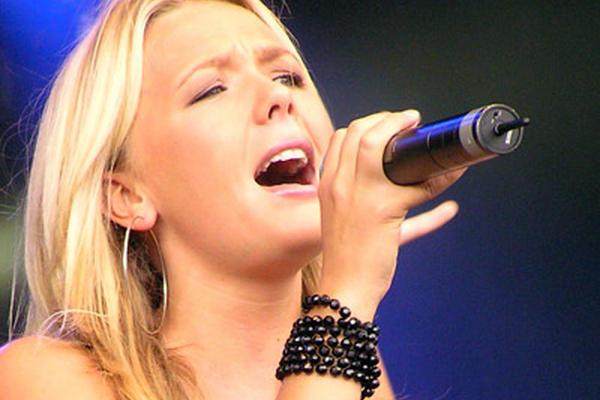 """<p>El canto es una manera de liberar las energías que afectan al ser humano. <br _mce_bogus=""""1""""></p>"""