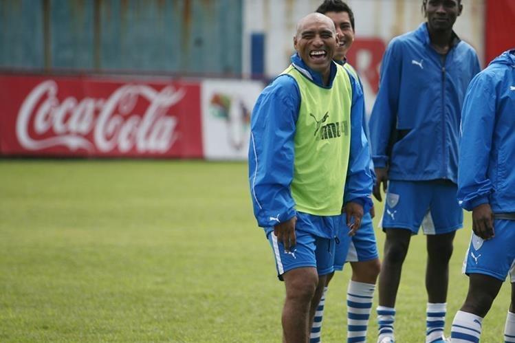 Juan Carlos Plata acompañará a Walter Claverí en el cuerpo técnico de la Selección Nacional. (Foto Prensa Libre: Hemeroteca)