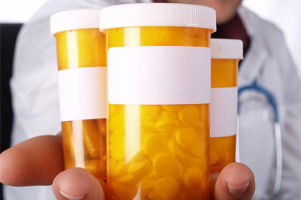 <p>Las conclusiones sugieren que Ritalin, Adderall y otros medicamentos que controlan la hiperactividad.</p>