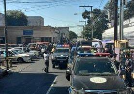 El atentado afuera de la consulta externa del Hospital General dejó cuatro muertos. (Foto Prensa Libre: Hemeroteca PL)