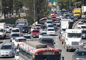 Se prevé tránsito complicado para este sábado. (Foto Prensa Libre: Erick Ávila)