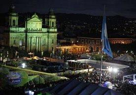 La municipalidad inauguró el Festival Navideño en la zona 1