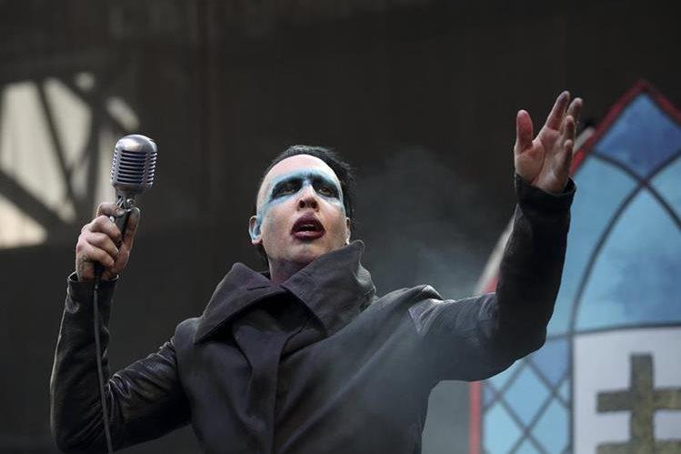 Marilyn Manson resultó herido durante su último concierto (Foto Prensa Libre: EFE).