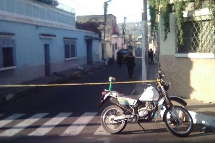 Conmociona en Villa Nueva el hallazgo de restos humanos en varios costales. (Foto @SantosDalia)