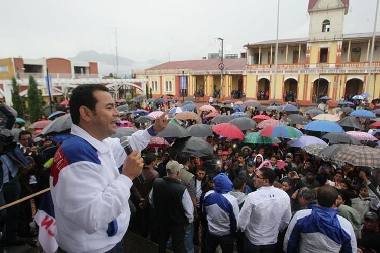 Jimmy Morales, durante su visita en San Marcos. (Foto Prensa Libre: Álvaro Interiano)