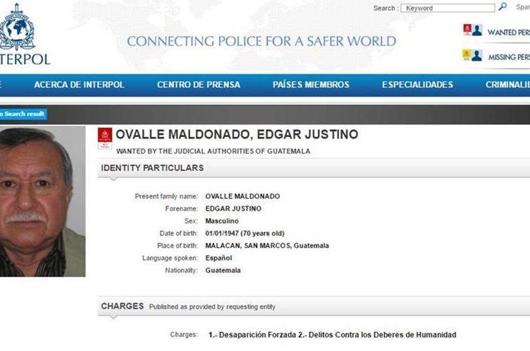 La fotografía y datos generales destacan en la página de Interpol, para agilizar la captura del coronel retirado. (Foto Prensa Libre: Tomada de www.interpol.int)