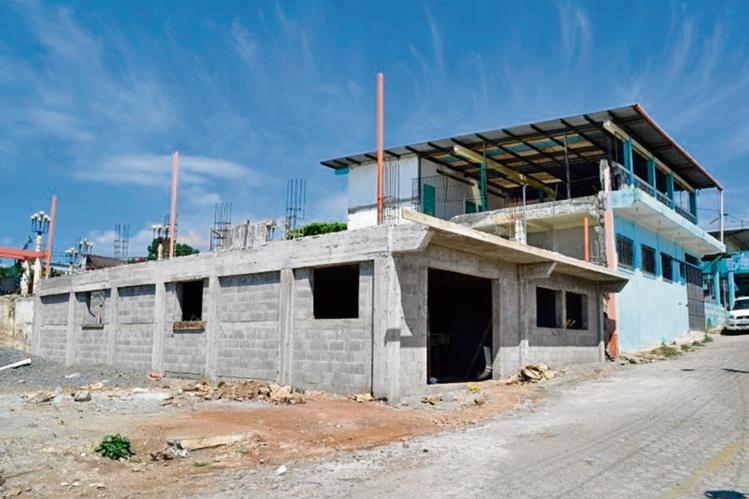En el primer piso se construirá el salón parroquial y en el segundo estará el templo.