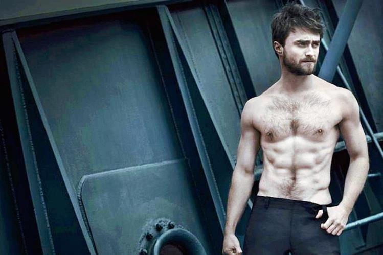 El actor británico Daniel Radcliffe adquirió fama mundial por dar vida a Harry Potter. (Foto Prensa Libre: Vanity Fair Italia).