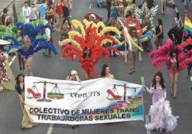 La comunidad LGBT en el país se enfrenta a discriminación, debido al rechazo que persiste en la sociedad. (Foto Prensa Libre: Hemeroteca PL)