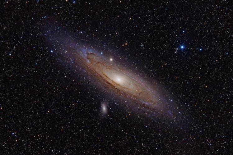 <em>Astronómos logran captar imagen de la galaxia enana del Escultor.</em>