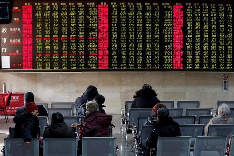 La capacidad financiera de China permite hacer fichajes millonarios.(Foto Prensa Libre: EFE)