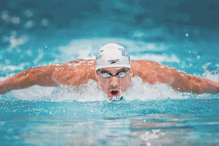 """Michael Phelps hará una participación memorable en el programa de televisión """"Shark Week"""". (Foto Prensa Libre: Hemeroteca)"""