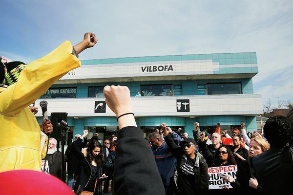 Los manifestantes comenzaron la marcha  en Staten Island. Nueva York, a Washington,DC. (Foto Prensa Libre:AFP)AFP