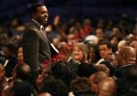 Dollar es  uno de los evangelistas afroestadounideses más destacados en EE. UU.