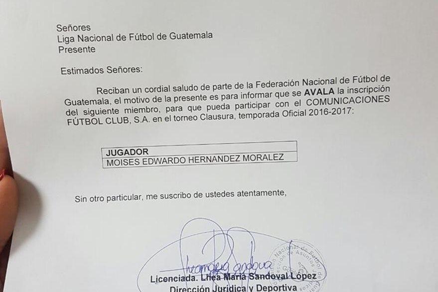 Carta extendida por la Liga Nacional que hace constar la inscripción de Moisés Hernández. (Foto Prensa Libre).