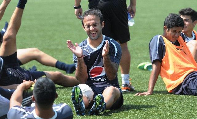 José Contreras está feliz y cuenta las horas para volver a jugar. (Foto Prensa Libre: Jeniffer Gómez)