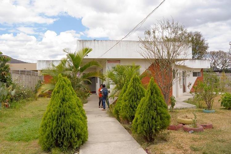 El hogar Materno Infantil Dulce Espera brinda atención las 24 horas. (Foto Prensa Libre: Carlos Grave).