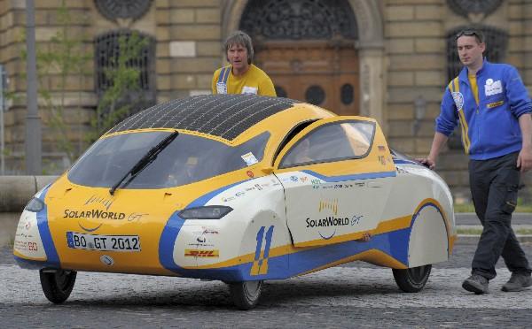 Existen varios modelos de prueba de carro solar. (Hemeroteca PL)
