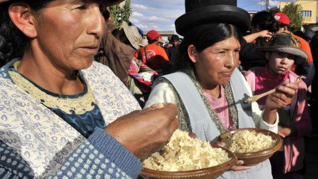 Bolivia tiene uno de los índices de subalimentación más altos de la región, con un 20,2%. Pero esa cifra es menor que en el trienio anterior. AIZAR RALDES / GETTY