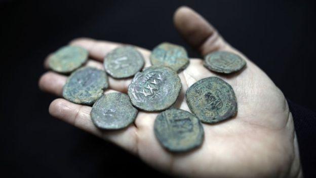 No todo el dinero está en forma de monedas... GETTY IMAGES