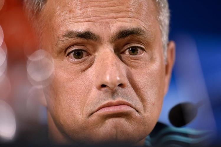 Mourinho estalló en contra del Chelsea. (Foto Prensa Libre: Hemeroteca)