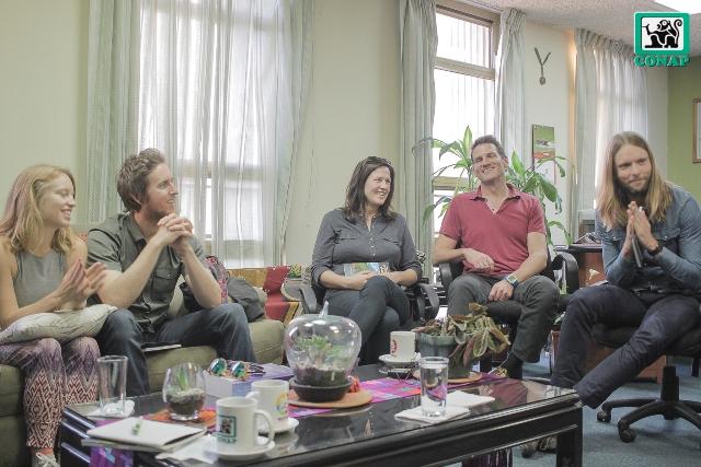Los músicos conocieron cómo se trabaja la conservación de los bosques en el país. (Foto Prensa Libre: Conap)