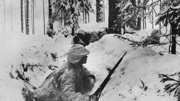En 1939, empezó la Guerra de Invierno, en la que la Unión Soviética atacó a Finlandia. (GETTY IMAGES)