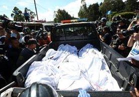 De los muertos, cuatro fueron decapitados, uno calcinado y tres murieron por heridas de bala, y al menos diez personas. (Foto Prensa Libre: EFE)