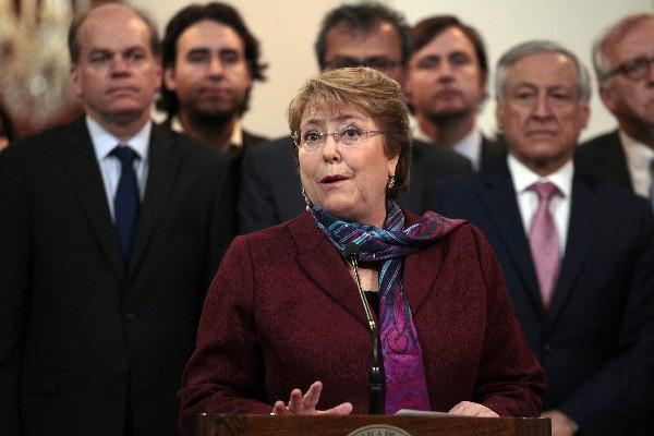 """<span class=""""hps"""">La mandataria de</span> <span class=""""hps"""">Chile</span><span>, Michelle Bachelet,</span> <span class=""""hps"""">habla sobre la decición del</span> <span class=""""hps"""">Tribunal</span> <span class=""""hps"""">Internacional.</span>"""