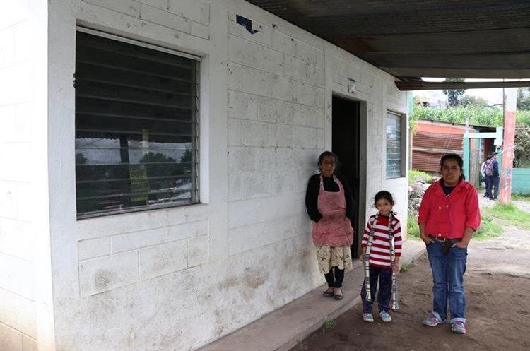 Más de dos mil viviendas fueron construidas con subsidio del gobierno. (Foto Prensa Libre: Whitmer Barrera)