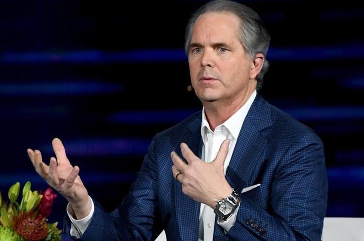 Randy Freer, CEO de Hulu, durante la presentación de la compañía en el CES 2018 (Foto Prensa Libre: AFP).
