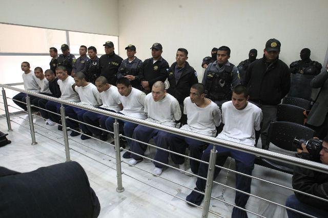 Ligados a proceso por motín en Etapa 2. (Foto Prensa Libre: Hemeroteca PL)