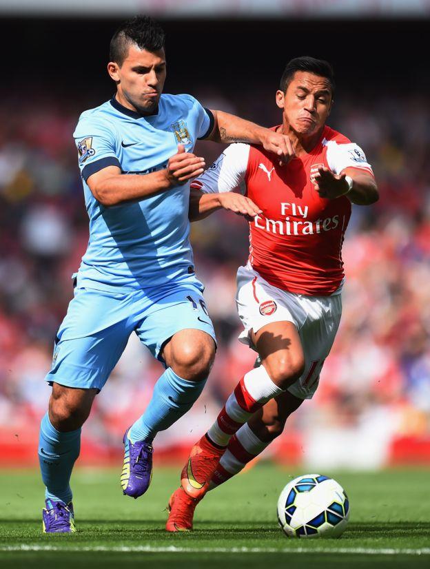 El argentino Sergio Agüero y el chileno Alexis Sánchez son nuestros favoritos para la delantera del equipo de la Premier. (Getty Images)