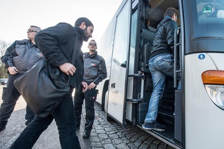 Los pasajeros se inscribieron voluntariamente se informó en un comunicado. (Foto Prensa Libre: AP).