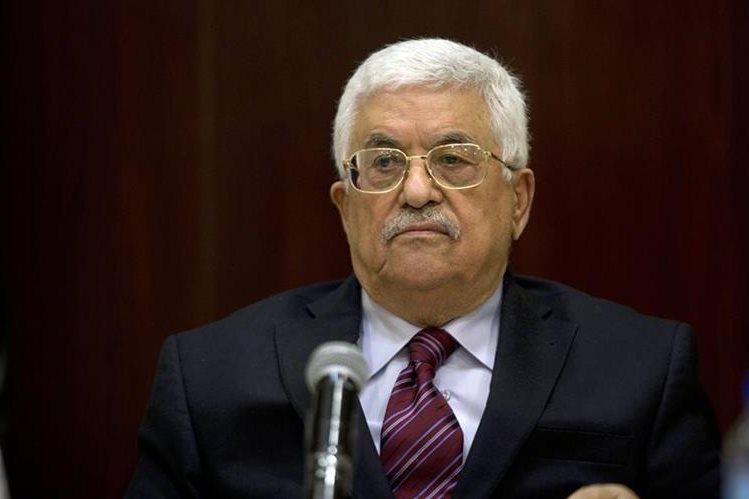 <em>El presidente de la Autoridad Palestina, Mahmud Abas, presentó este sábado su dimisión como líder de la OLP. (Foto Prensa Libre: AP).</em>
