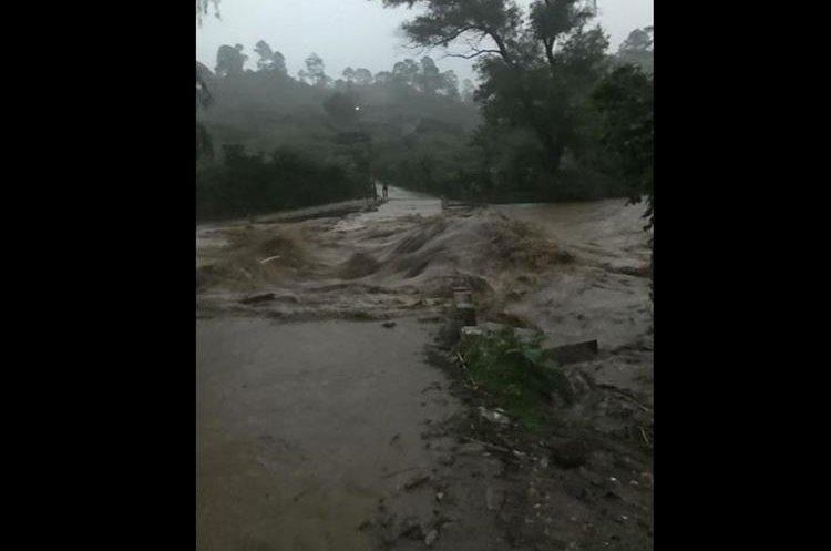 Río Paxejá. (Foto Prensa Libre: Héctor Cordero).